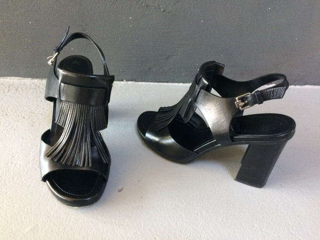 Shoes 110
