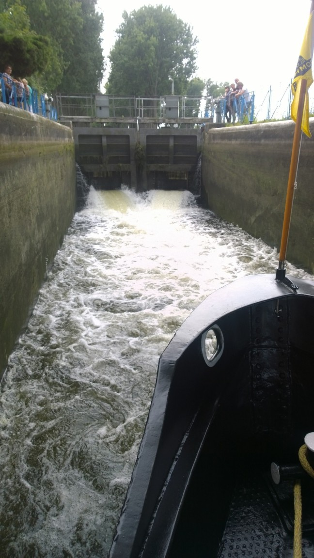 RP 15 at lock Spiere Canal